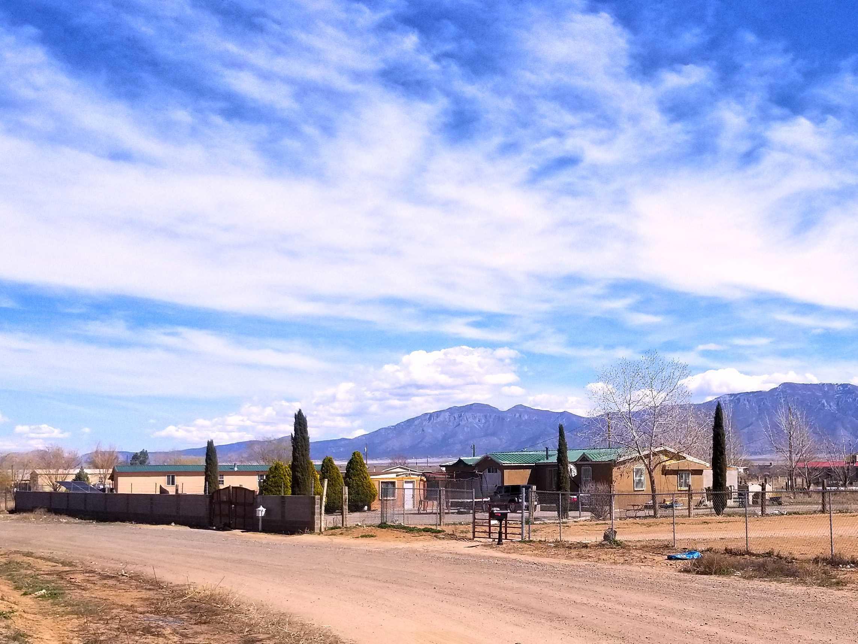 24 SAINT THOMAS Street Property Photo - Los Lunas, NM real estate listing