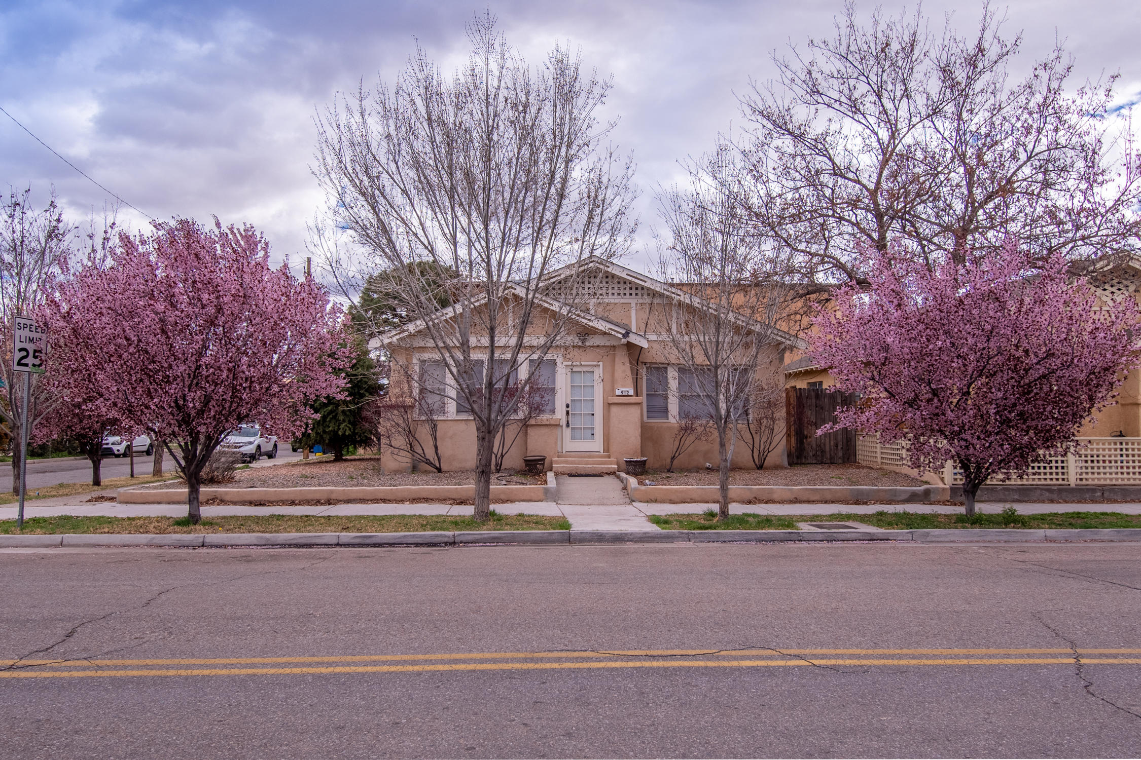 902 MARQUETTE Avenue NW Property Photo - Albuquerque, NM real estate listing