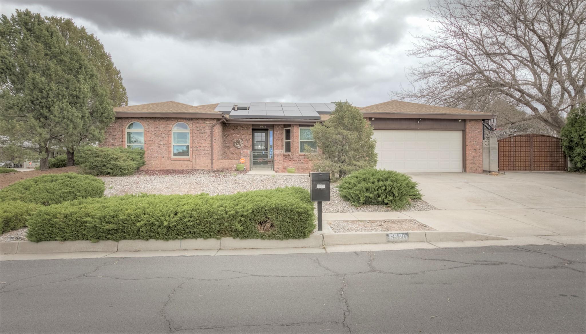 6920 CHERRY HILLS Place NE, Albuquerque, NM 87111 - Albuquerque, NM real estate listing