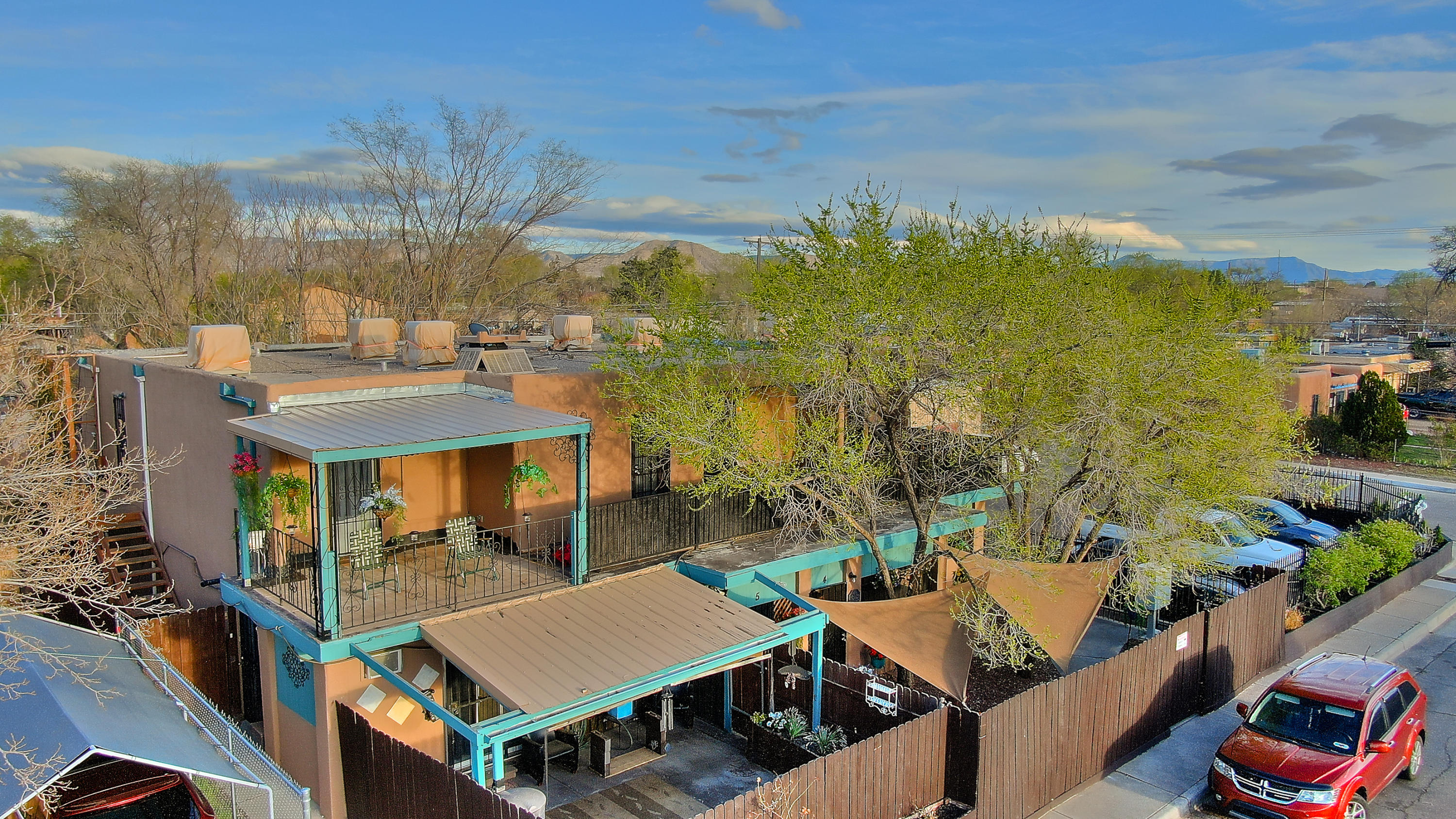 202 CHAMA Street NE Property Photo - Albuquerque, NM real estate listing