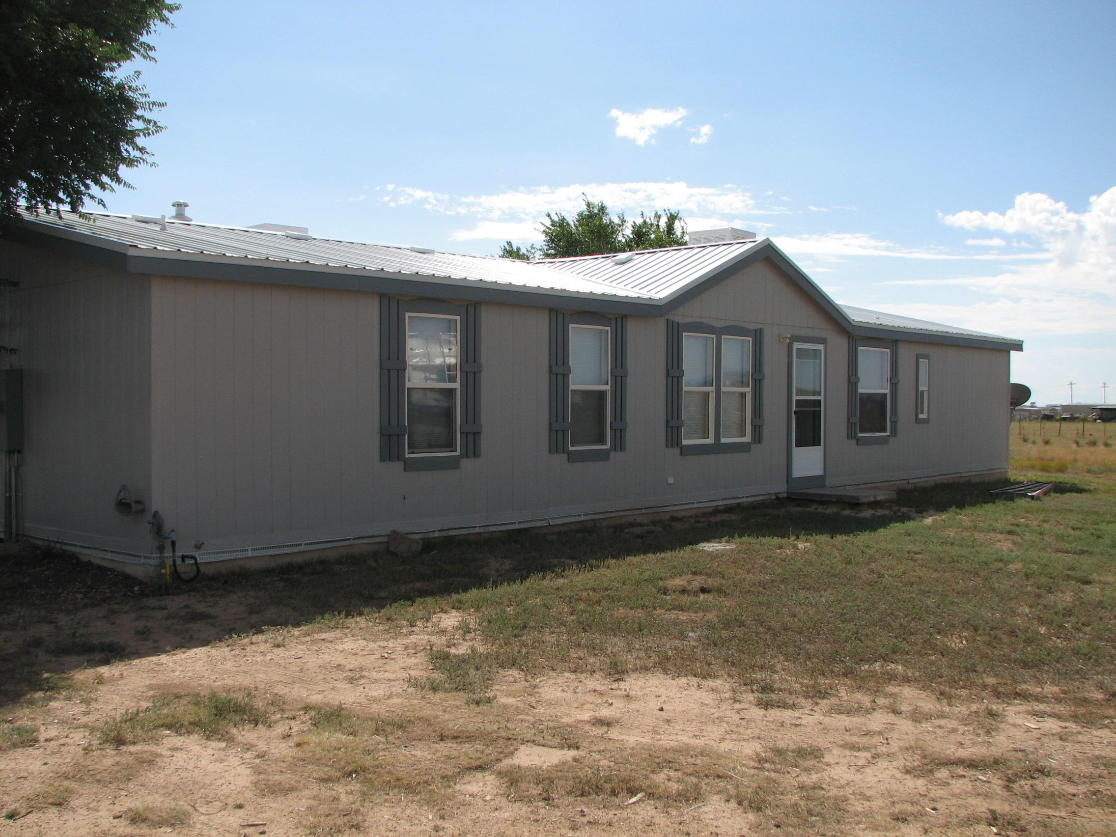 12 Desert Lily Road Property Photo - Moriarty, NM real estate listing