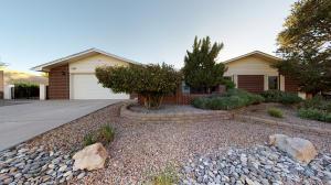 1927 WHITE CLOUD Street NE, Albuquerque, NM 87112 - Albuquerque, NM real estate listing