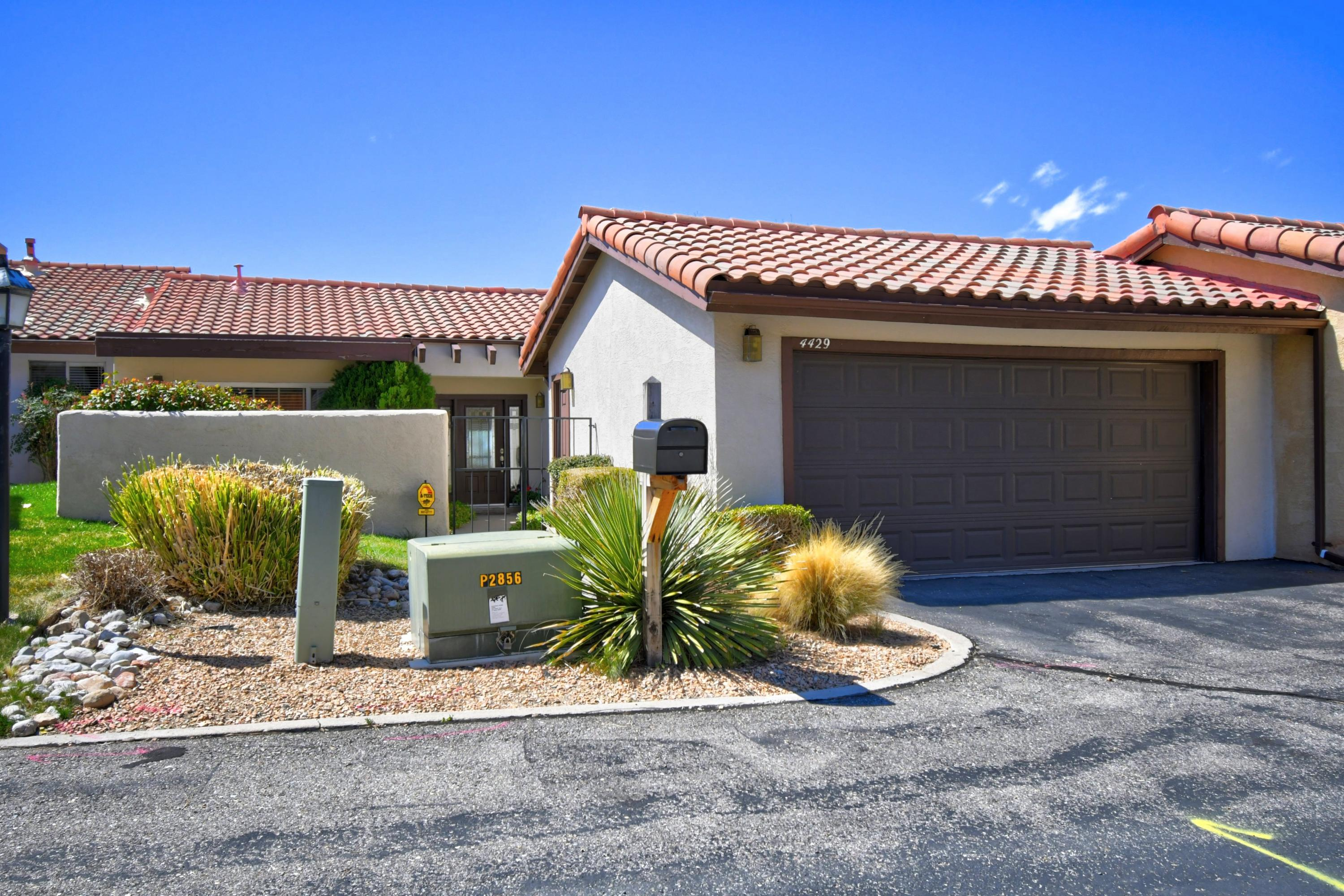 4429 WALDEN Lane NE Property Photo - Albuquerque, NM real estate listing