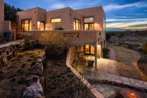 1503 Eagle Ridge Road NE, Albuquerque, NM 87122 - Albuquerque, NM real estate listing