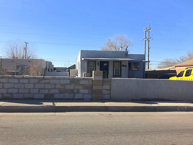 1935 Arno Street SE Property Photo - Albuquerque, NM real estate listing