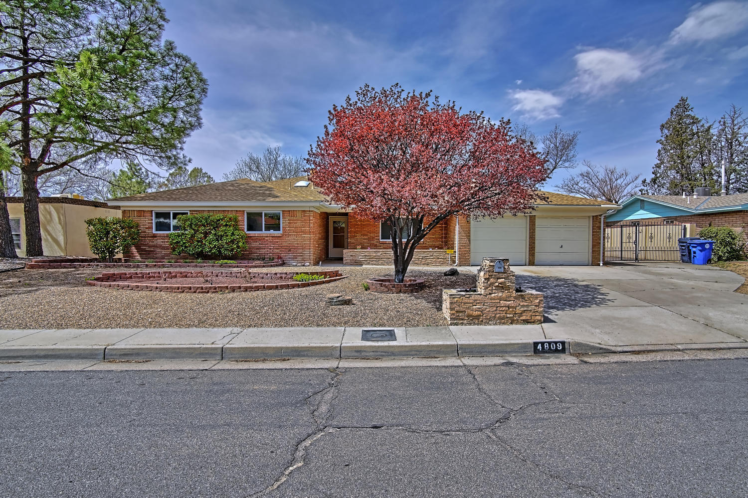 4809 PHYLLIS Street NE Property Photo - Albuquerque, NM real estate listing
