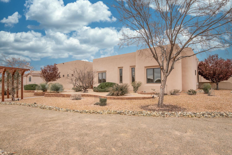 9600 CONEFLOWER Drive NW, Albuquerque, NM 87114 - Albuquerque, NM real estate listing