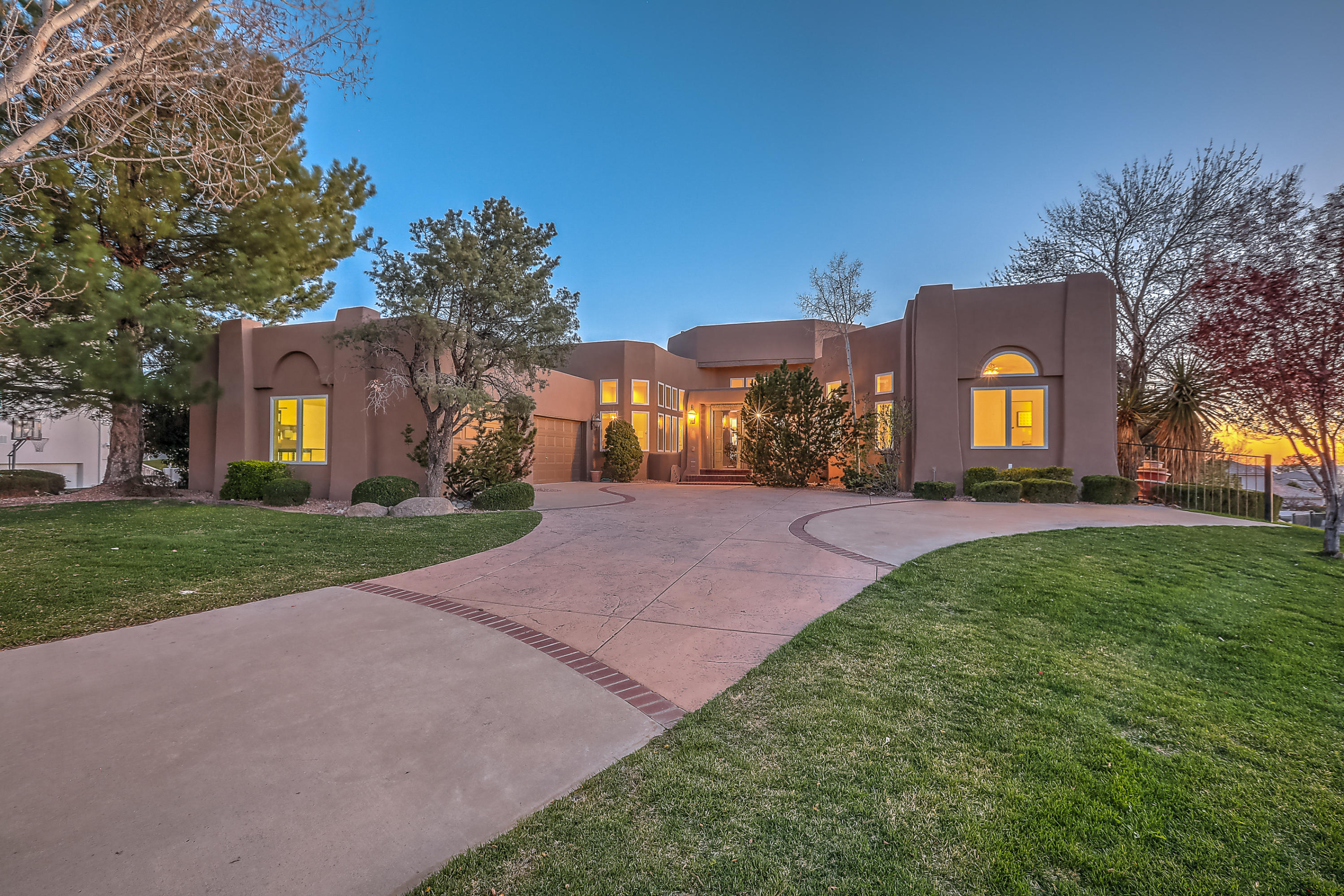 11500 Zinfandel Avenue NE Property Photo - Albuquerque, NM real estate listing