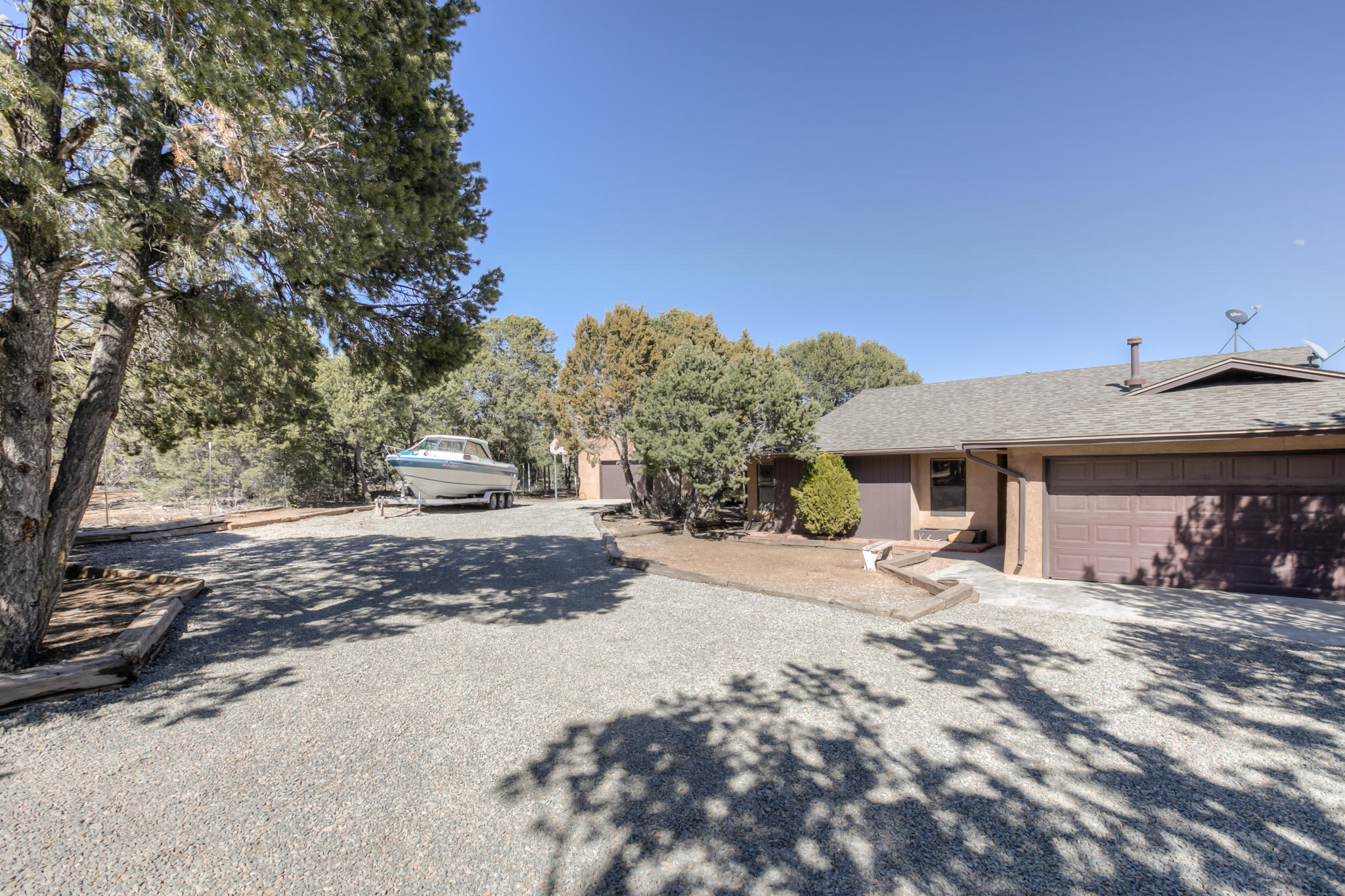 12 FUTURITY Place Property Photo - Tijeras, NM real estate listing