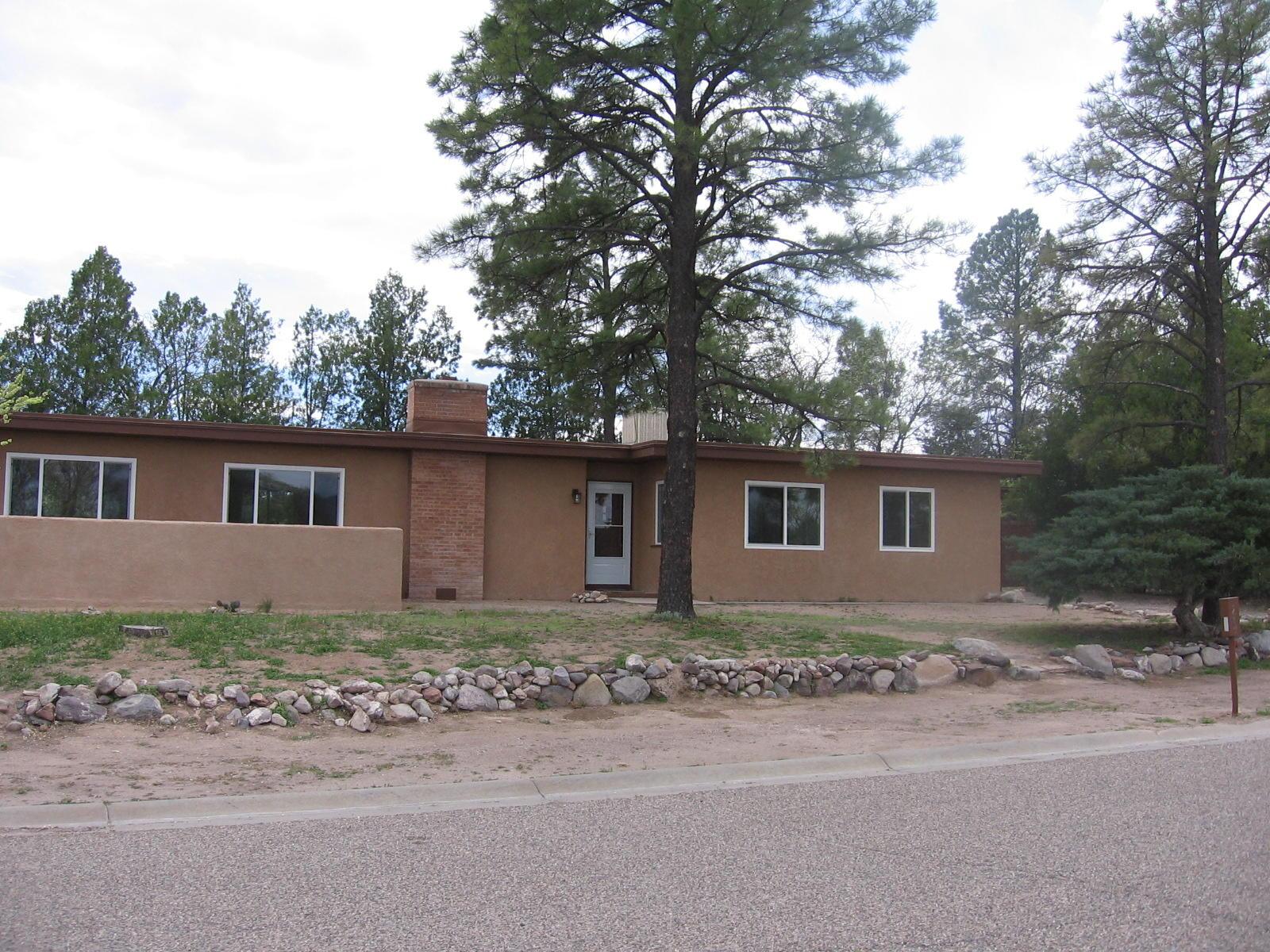 1214 North Drive Property Photo