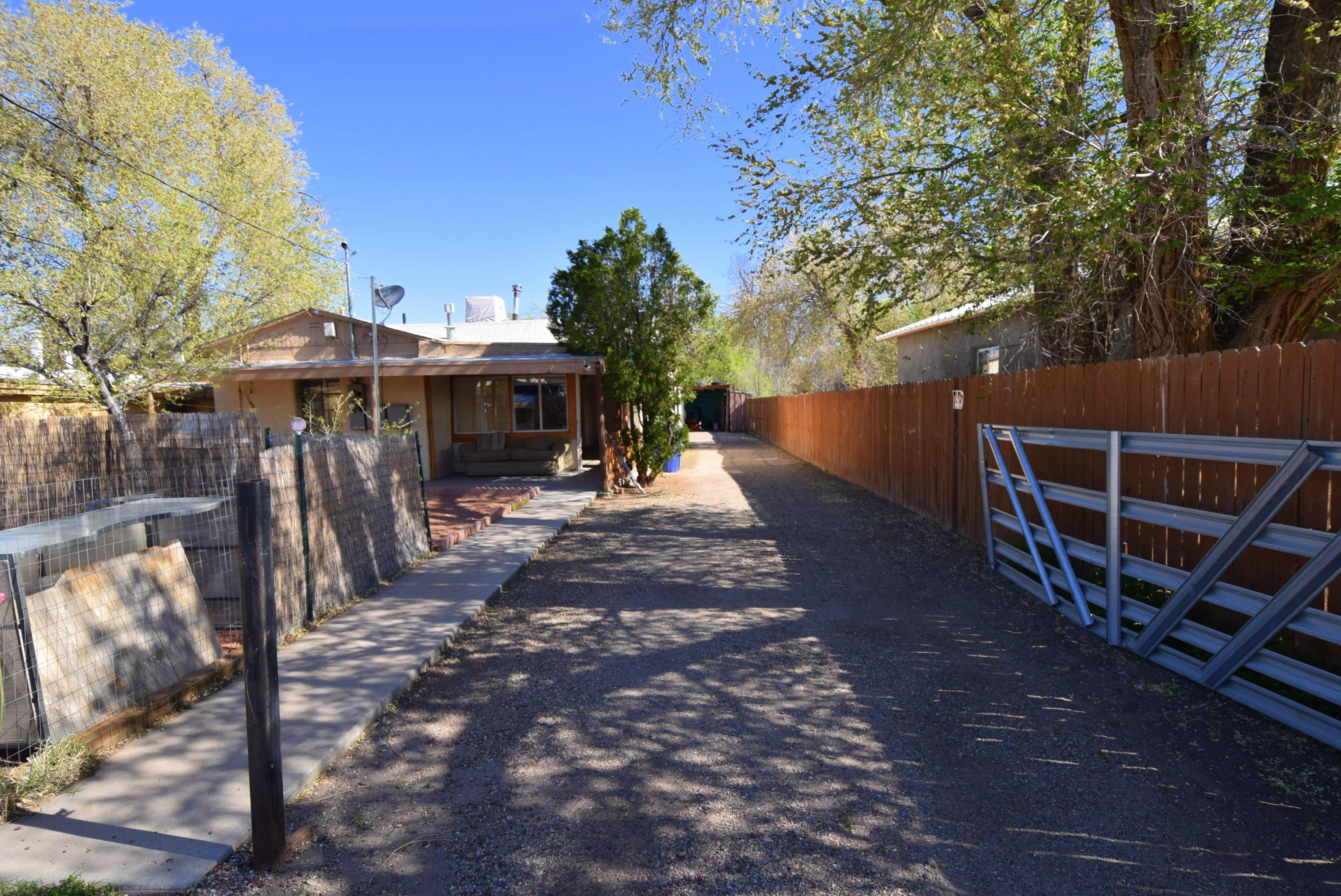 87107 Real Estate Listings Main Image
