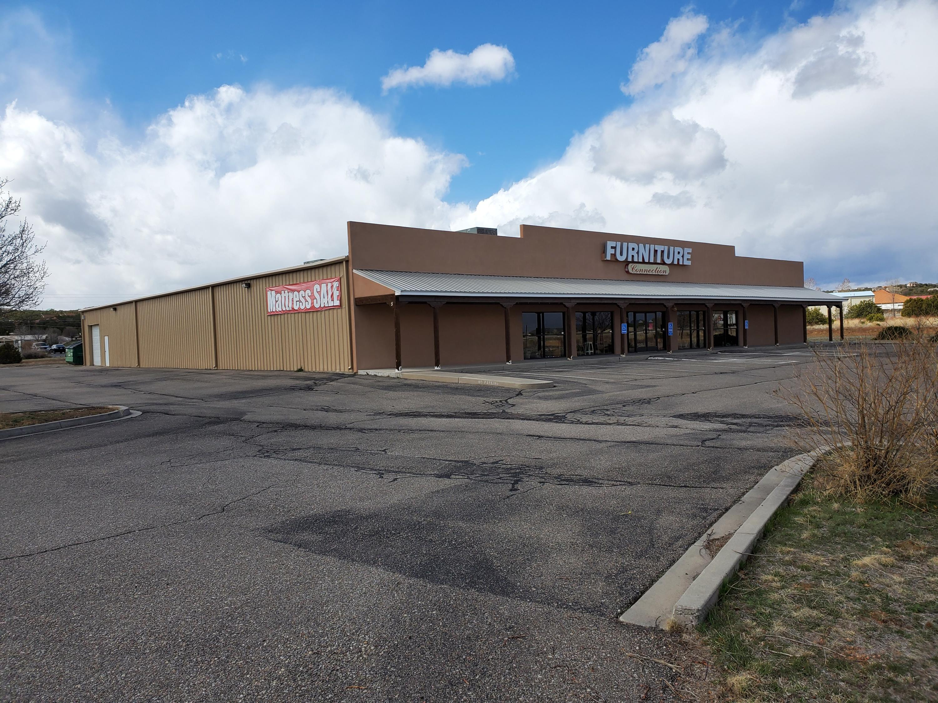 5 Linnie Court Property Photo - Edgewood, NM real estate listing