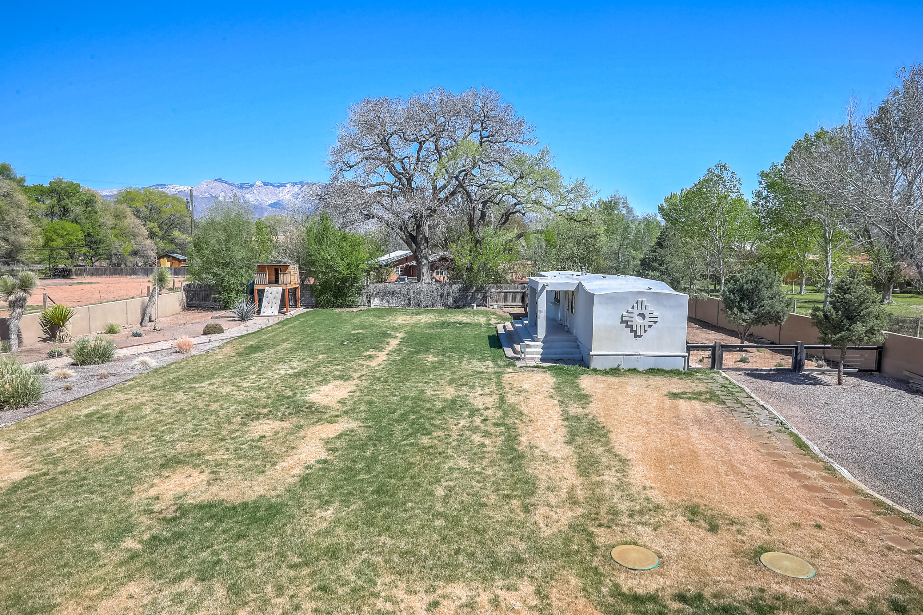 5220 Corrales Road Property Photo - Corrales, NM real estate listing