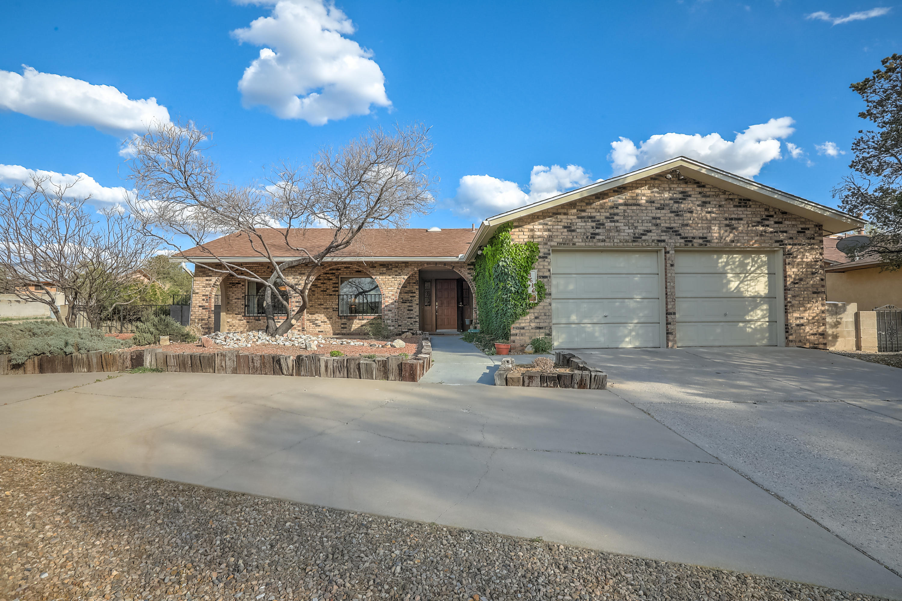 8616 PLYMOUTH ROCK Road NE Property Photo - Albuquerque, NM real estate listing