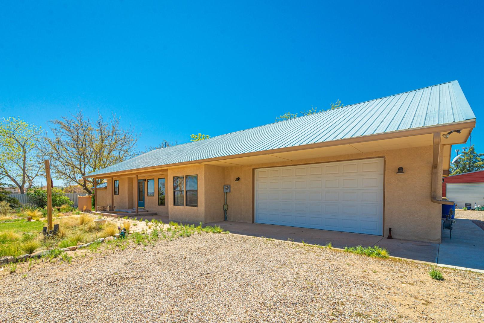 701 W Frontage Road Property Photo