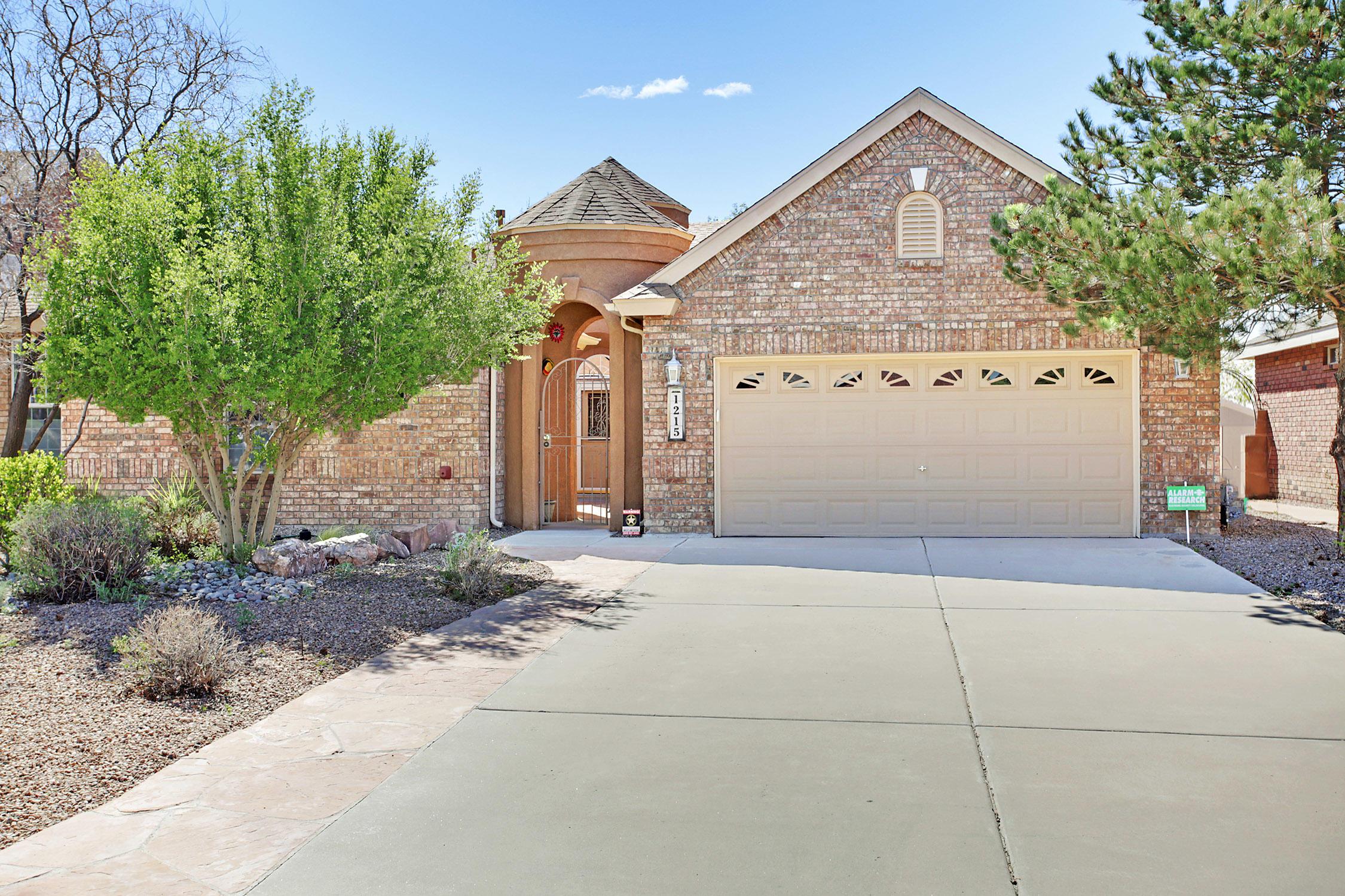 1215 CANNONADE Court SE, Albuquerque, NM 87123 - Albuquerque, NM real estate listing