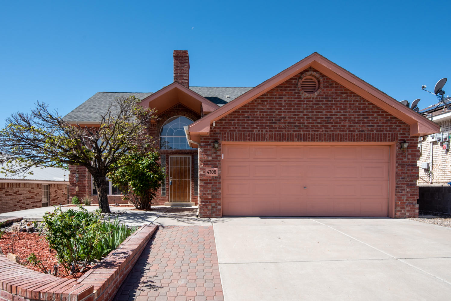 4708 WILDFIRE Road NW Property Photo - Albuquerque, NM real estate listing