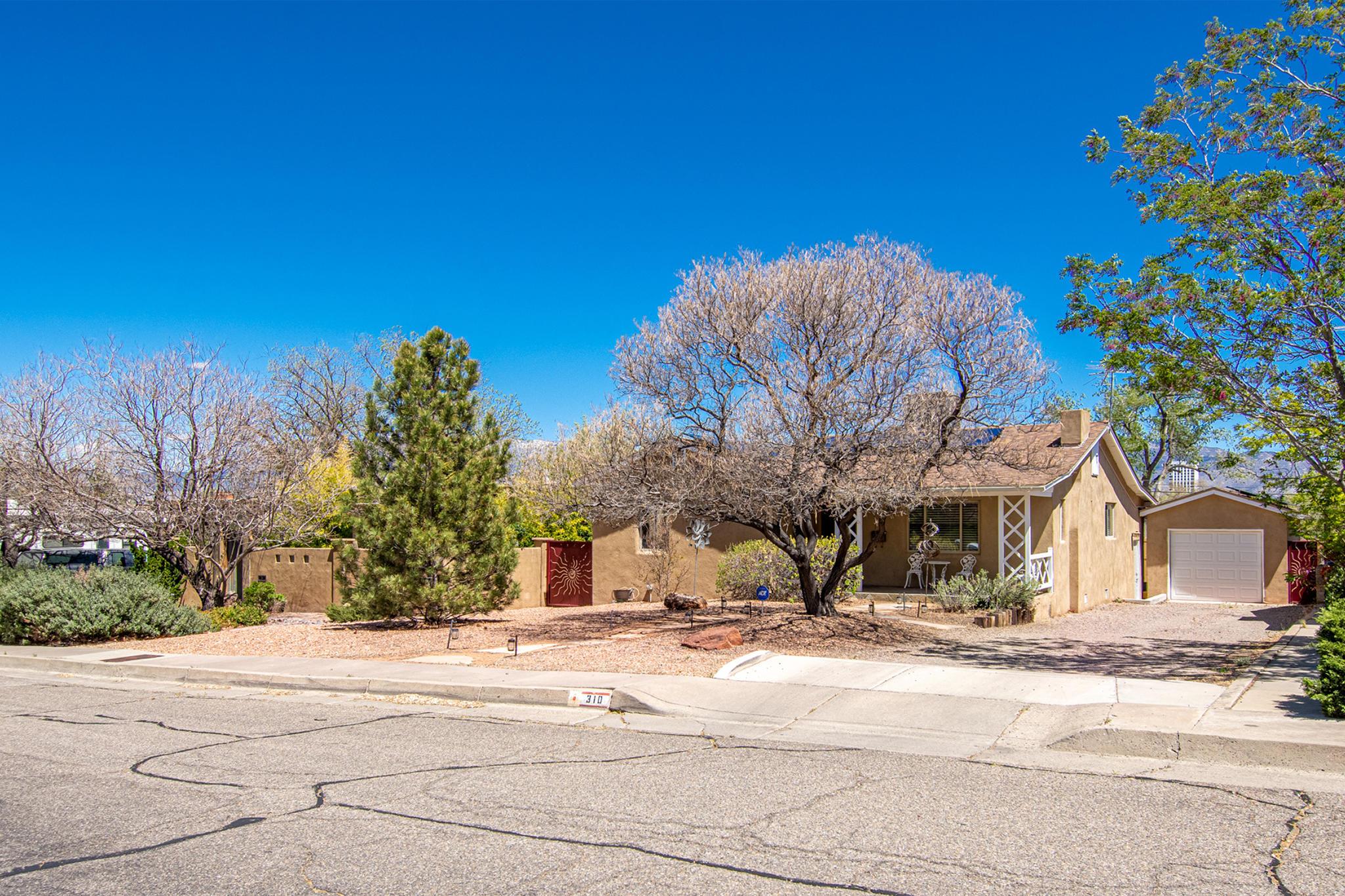310 ALISO Drive SE Property Photo - Albuquerque, NM real estate listing