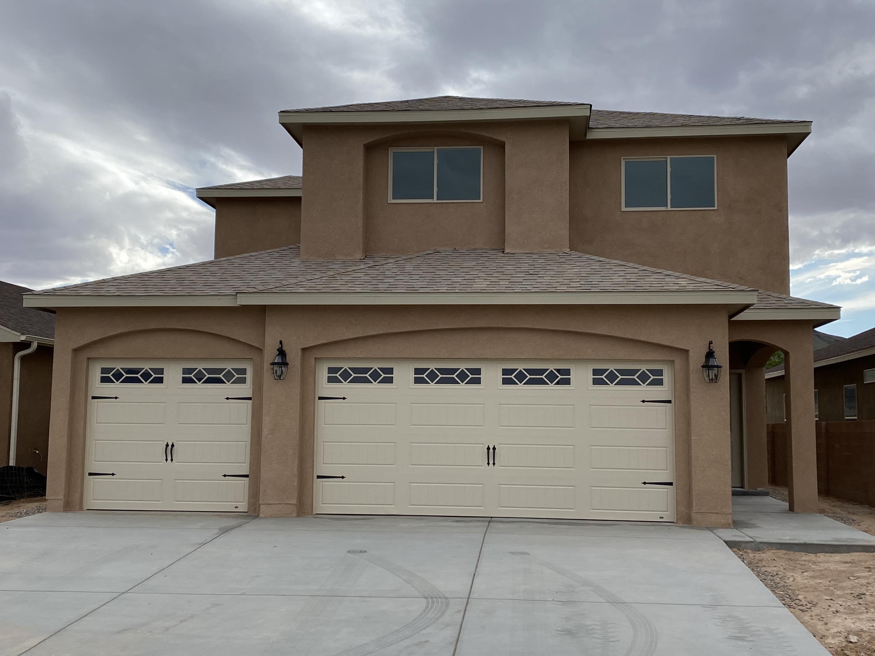 860 Firewheel Loop SW Property Photo - Los Lunas, NM real estate listing