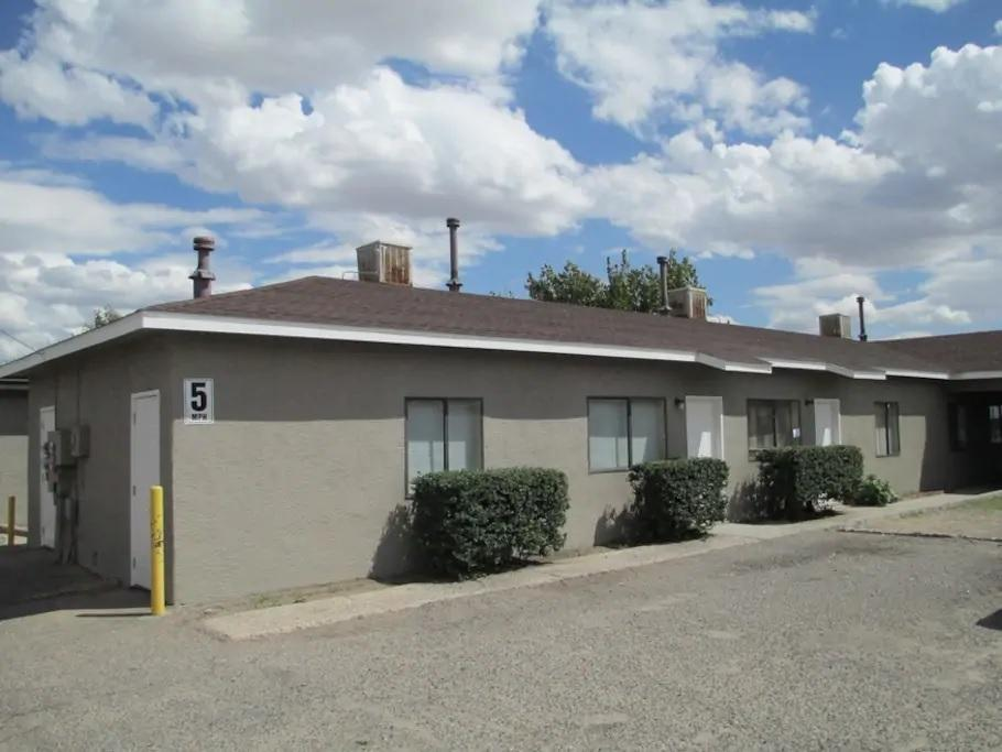 3405 GIBSON Boulevard SE Property Photo - Albuquerque, NM real estate listing