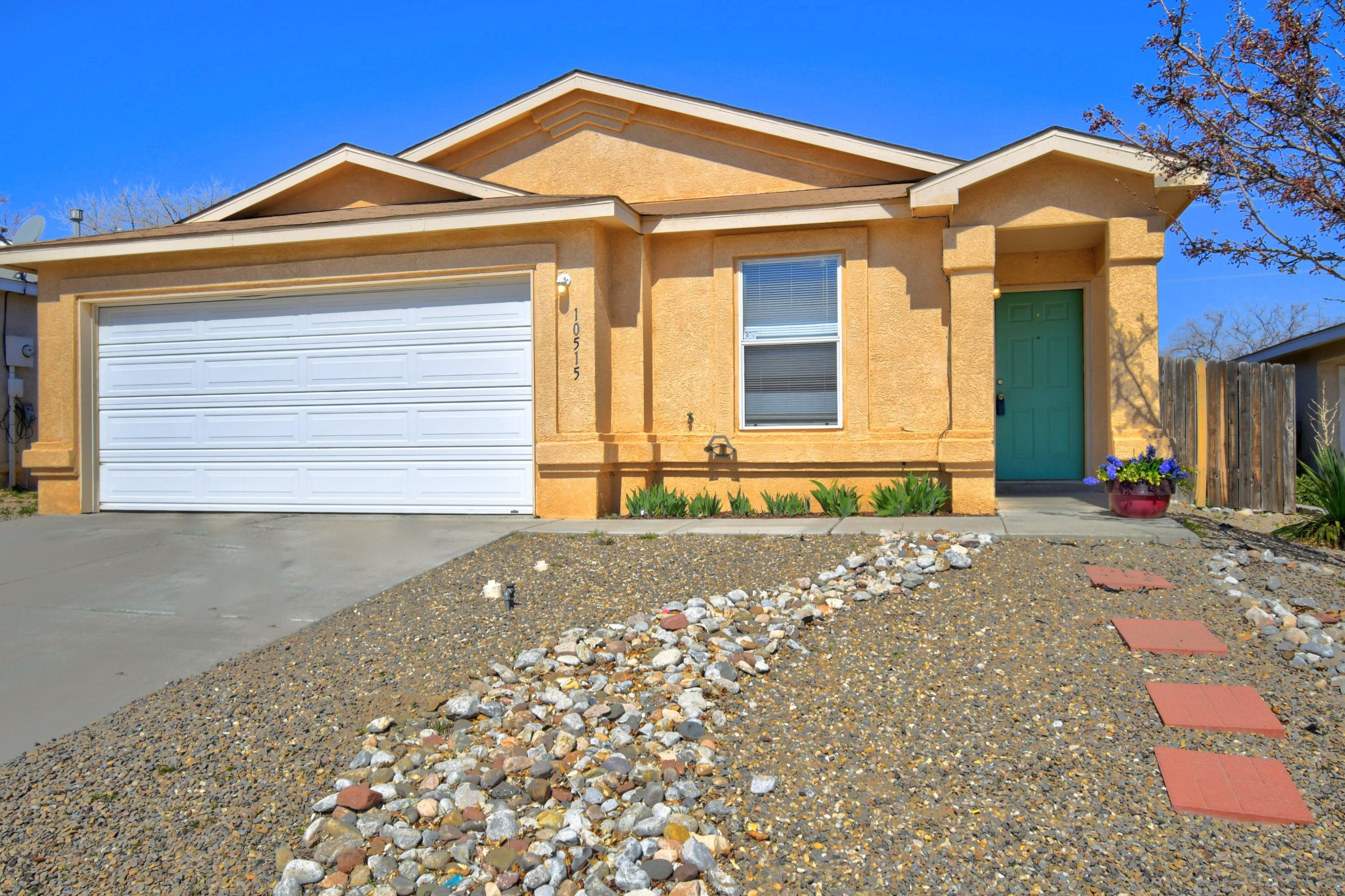 10515 RED ROBIN Road SW Property Photo - Albuquerque, NM real estate listing