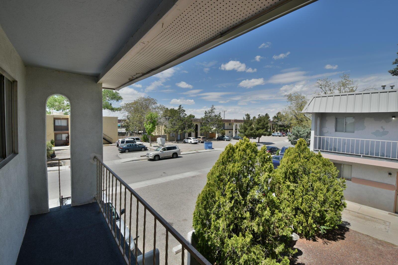 1812 Mary Ellen NE, Albuquerque, NM 87110 - Albuquerque, NM real estate listing