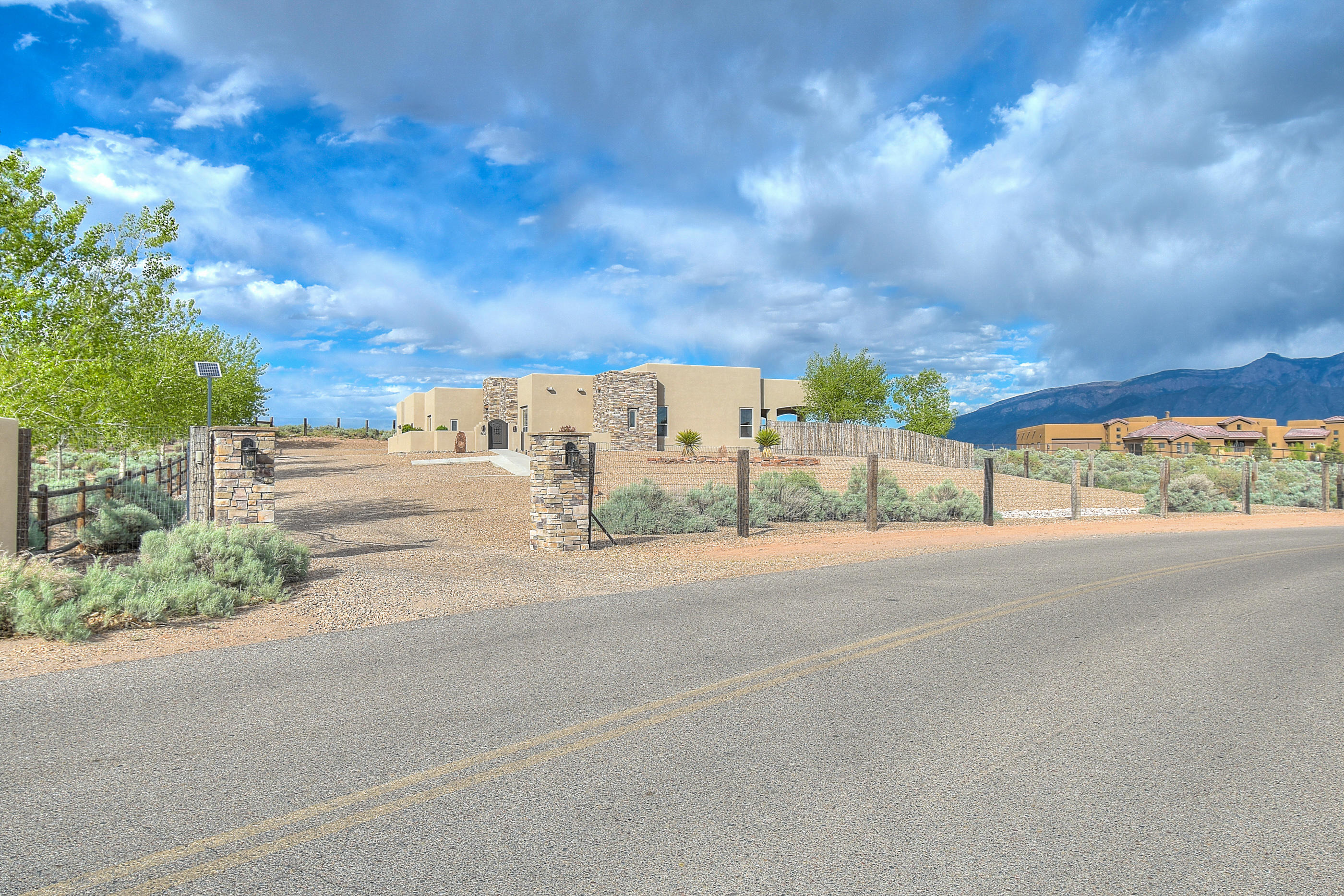 502 Albino Road Property Photo - Corrales, NM real estate listing