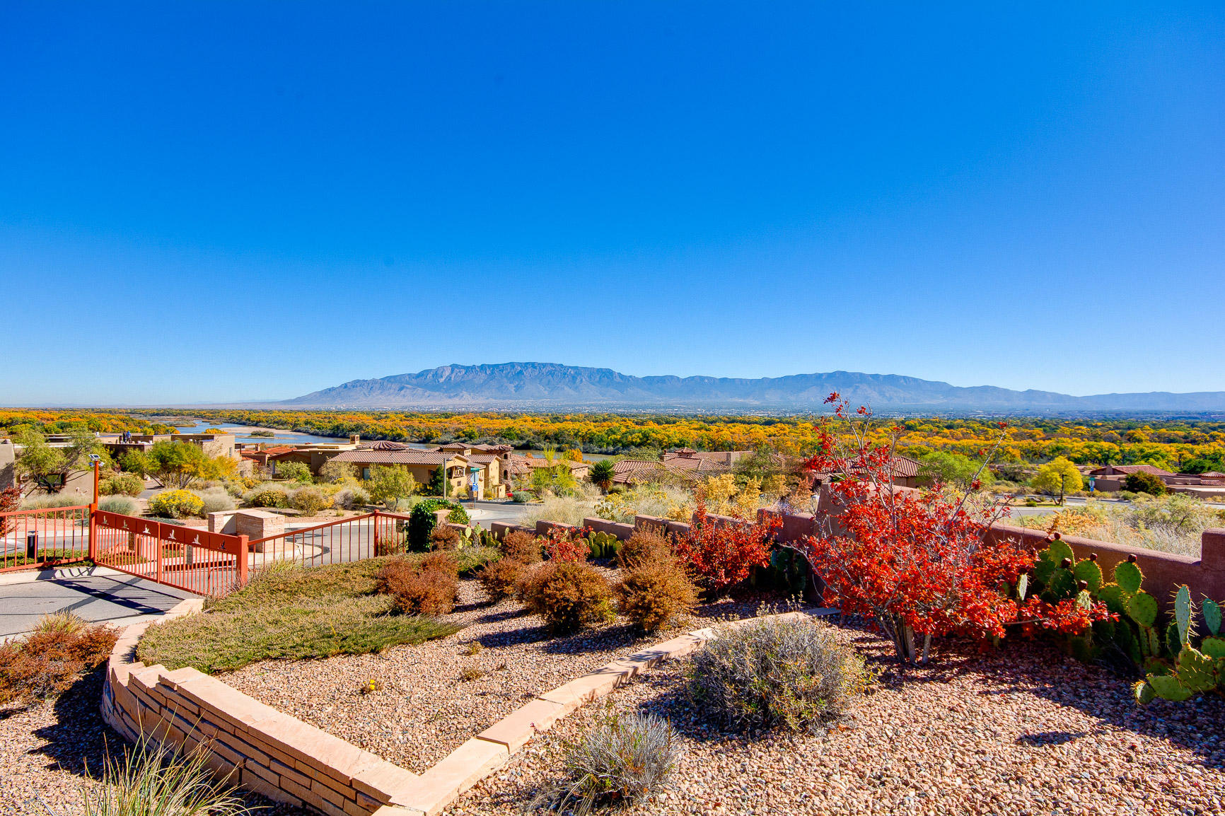3815 MOURNING DOVE Place NW Property Photo - Albuquerque, NM real estate listing