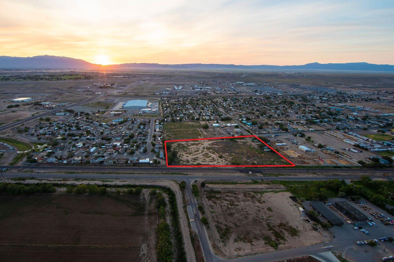 301 GRAPE Circle SE Property Photo - Albuquerque, NM real estate listing