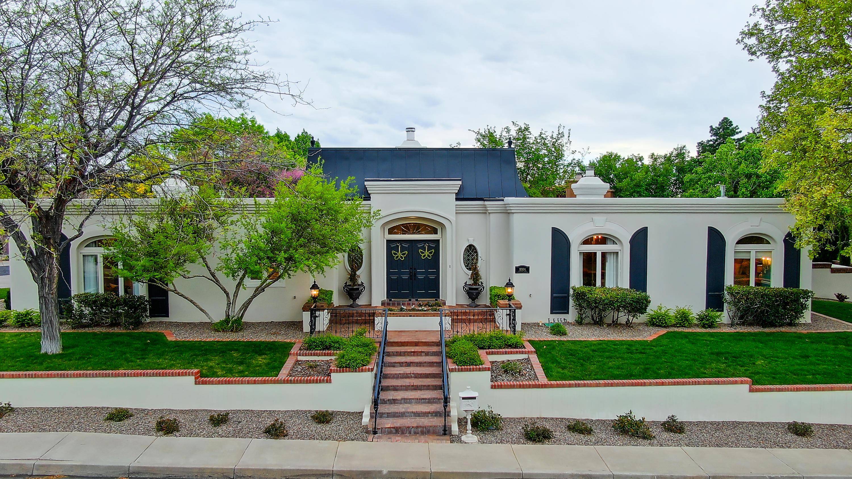 10904 COUNTRY CLUB Drive NE Property Photo - Albuquerque, NM real estate listing