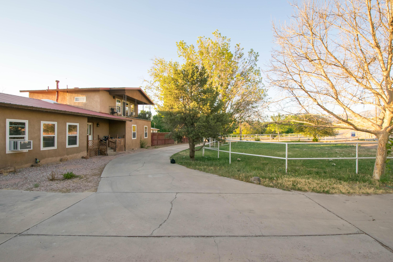 9207 EDITH Boulevard NE, Albuquerque, NM 87113 - Albuquerque, NM real estate listing
