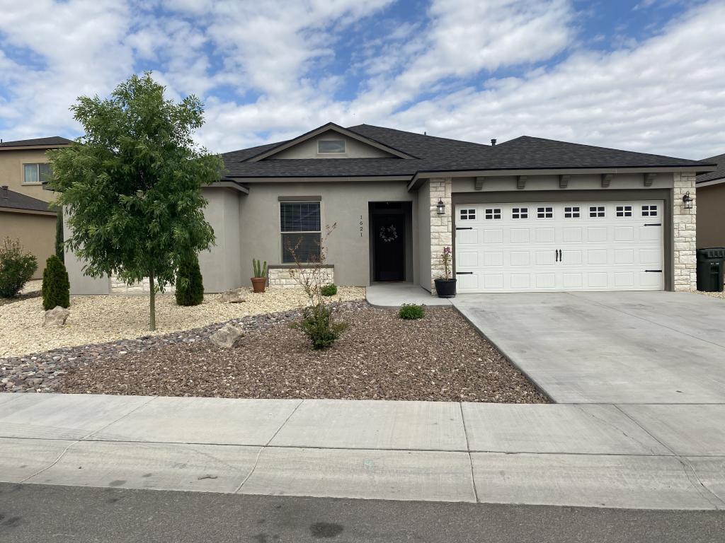 1621 Redwood Loop, Carlsbad, NM 88220 - Carlsbad, NM real estate listing