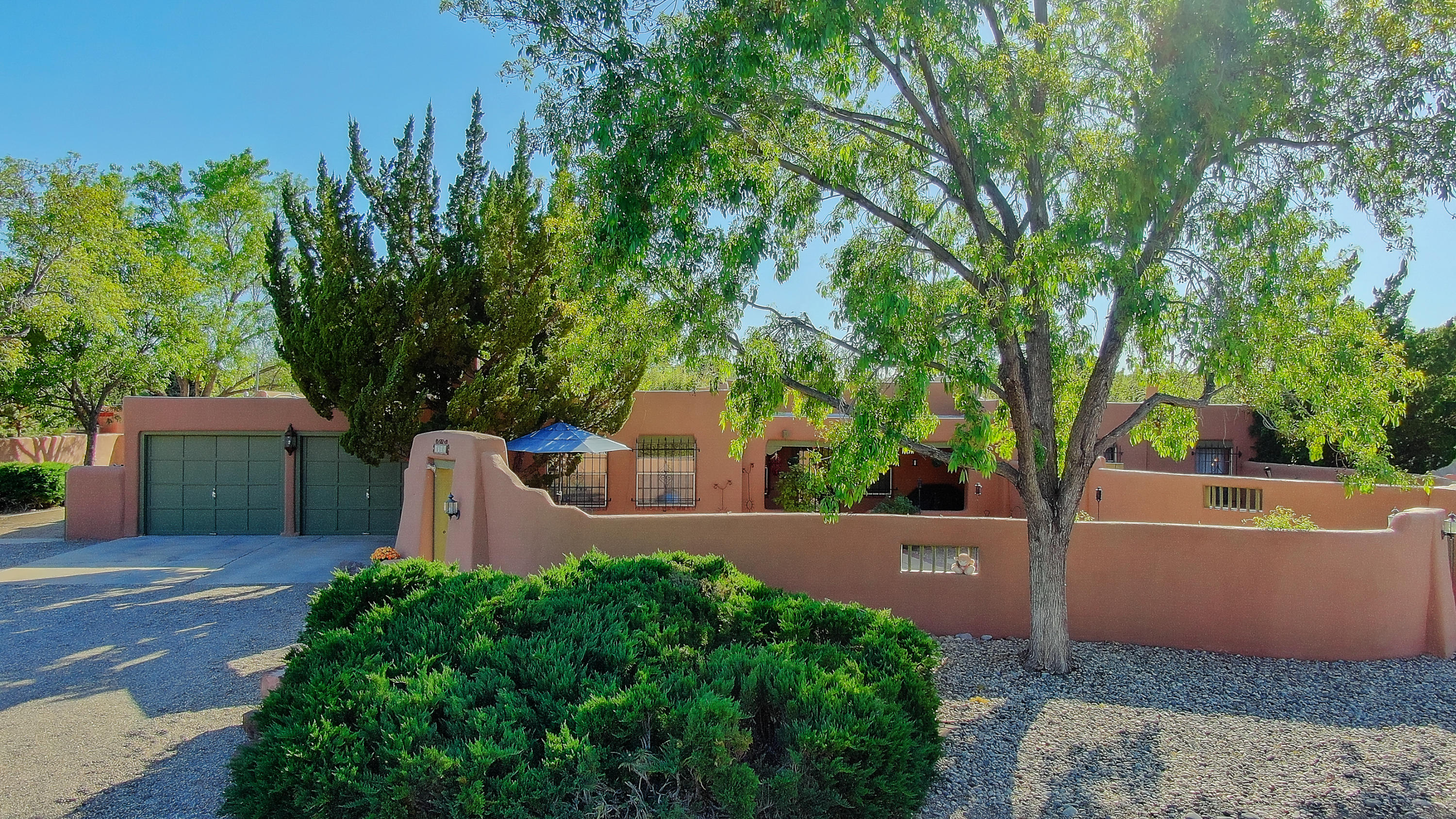 1722 Dietz Loop NW, Los Ranchos, NM 87107 - Los Ranchos, NM real estate listing