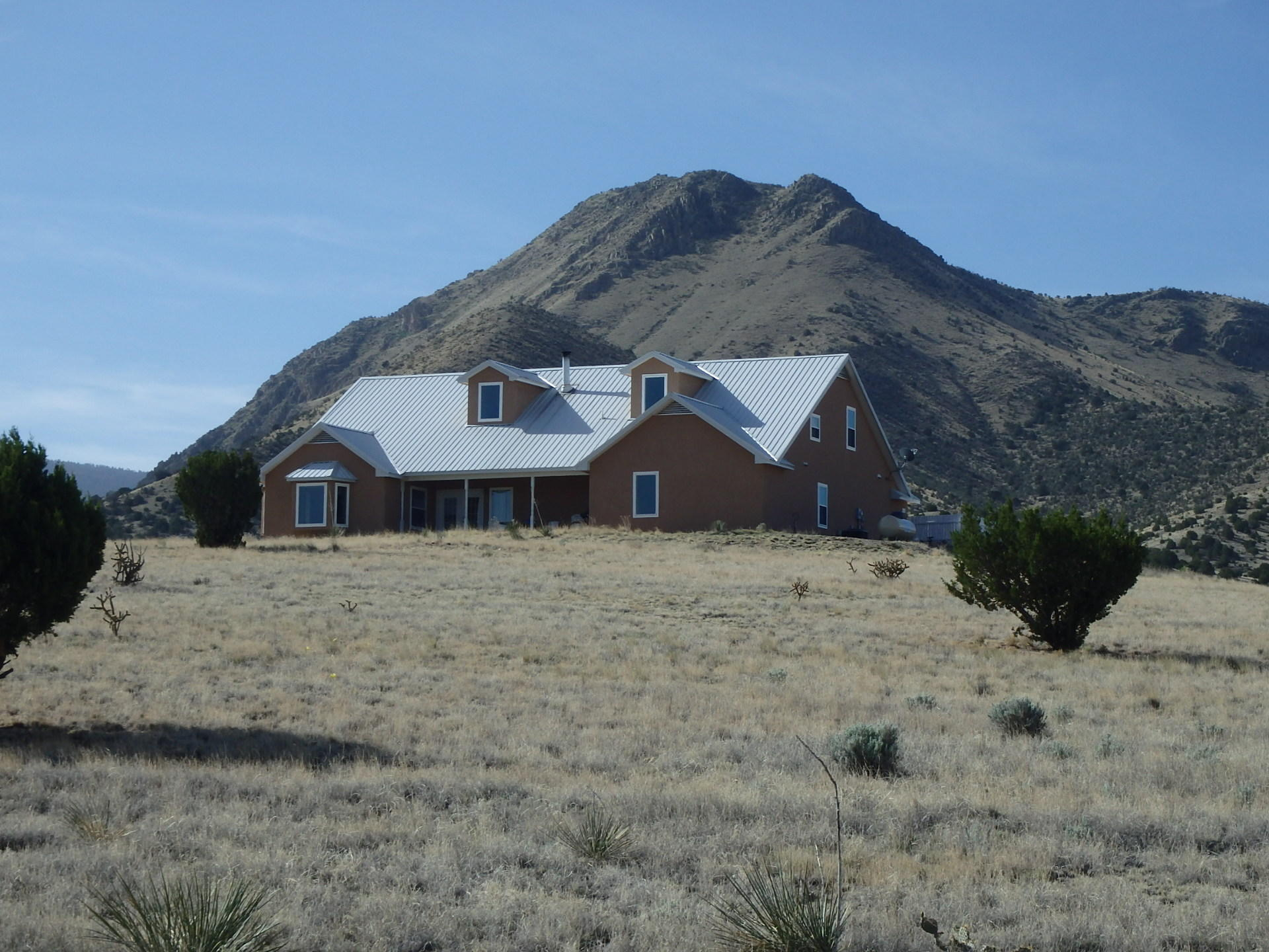 1100 10th Street Property Photo - Magdalena, NM real estate listing