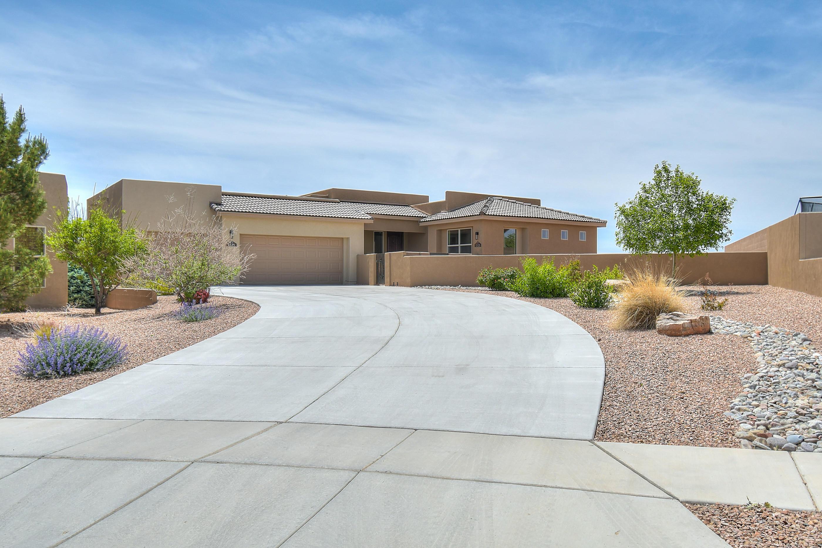 2825 Redondo Santa Fe Ne Property Photo