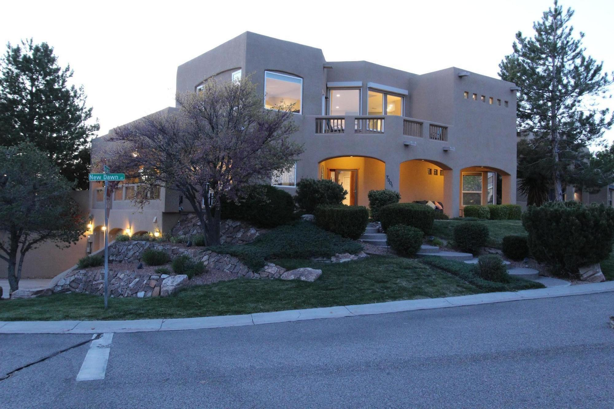 7301 NEW DAWN Court NE Property Photo - Albuquerque, NM real estate listing