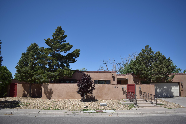 923 HERMOSA Drive SE, Albuquerque, NM 87108 - Albuquerque, NM real estate listing