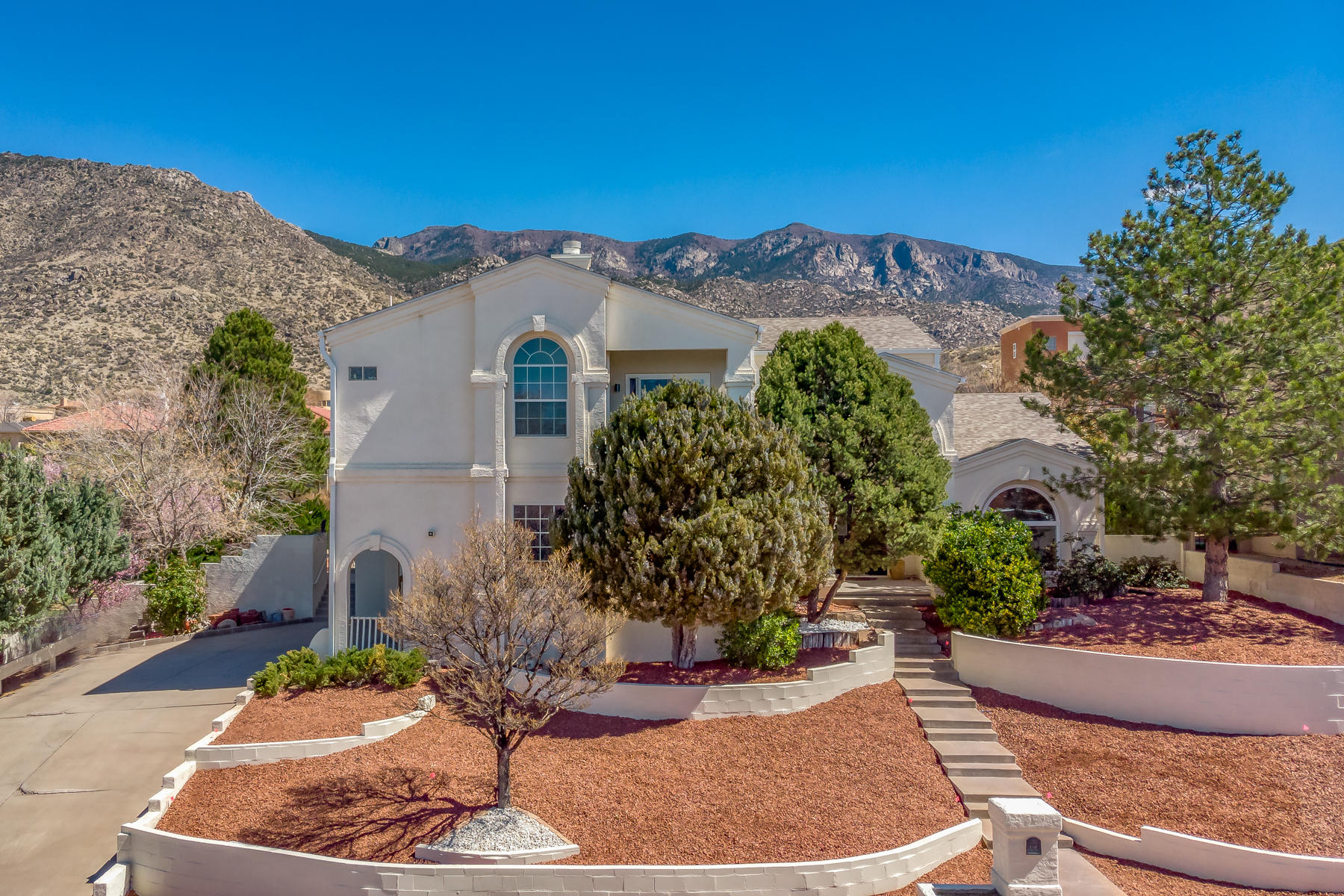 1612 TORRIBIO Drive NE, Albuquerque, NM 87112 - Albuquerque, NM real estate listing