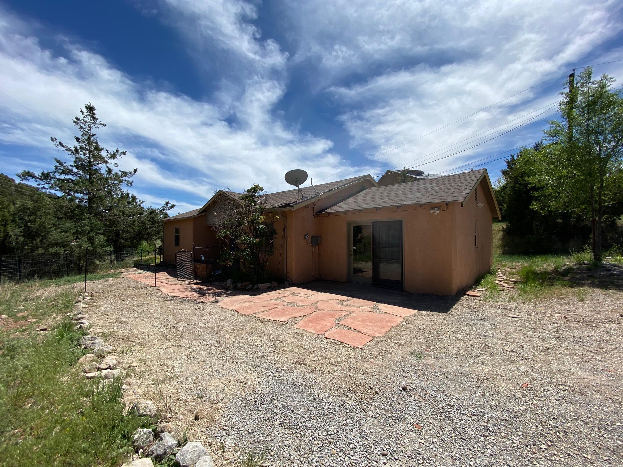 5 CORTE DE CANONCITO Road Property Photo - Cedar Crest, NM real estate listing