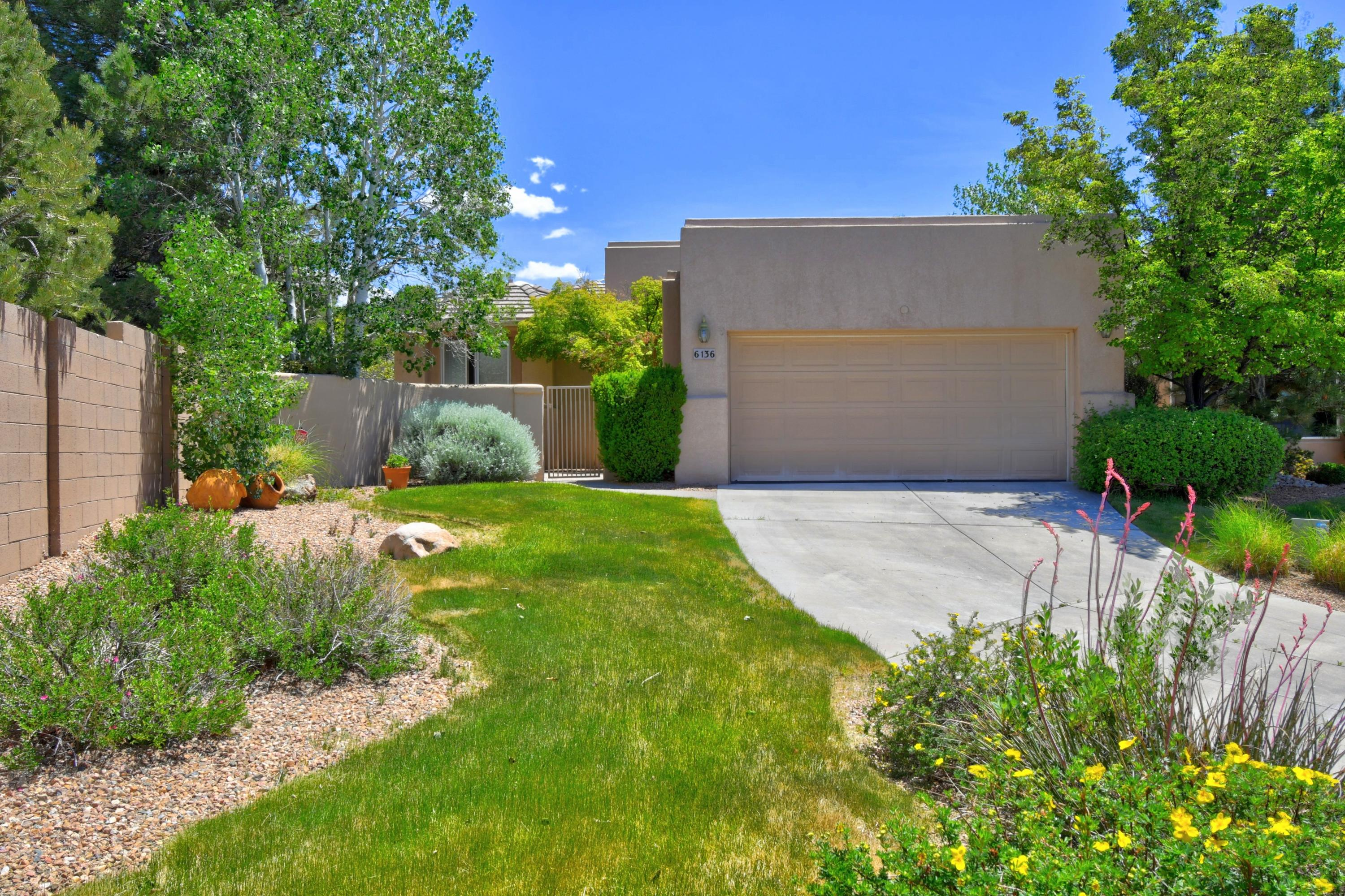 6136 PURPLE ASTER Lane NE, Albuquerque, NM 87111 - Albuquerque, NM real estate listing