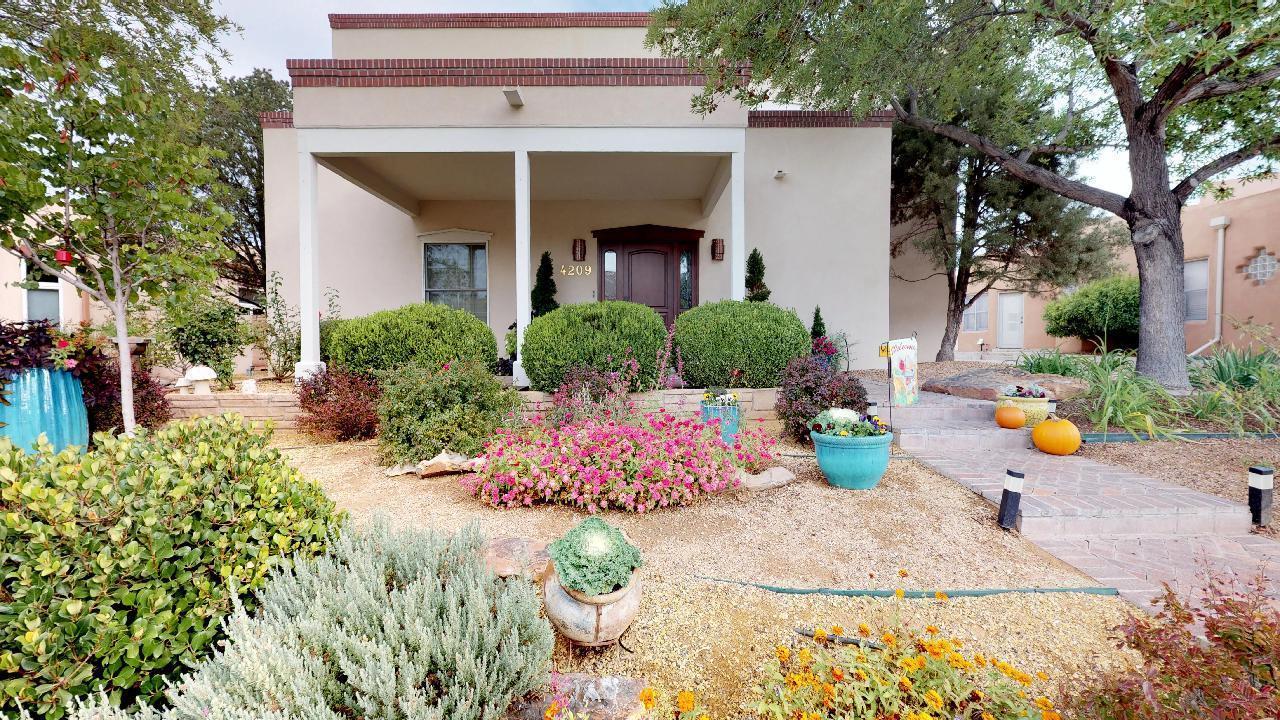 4209 VIA DE LUNA NE, Albuquerque, NM 87110 - Albuquerque, NM real estate listing