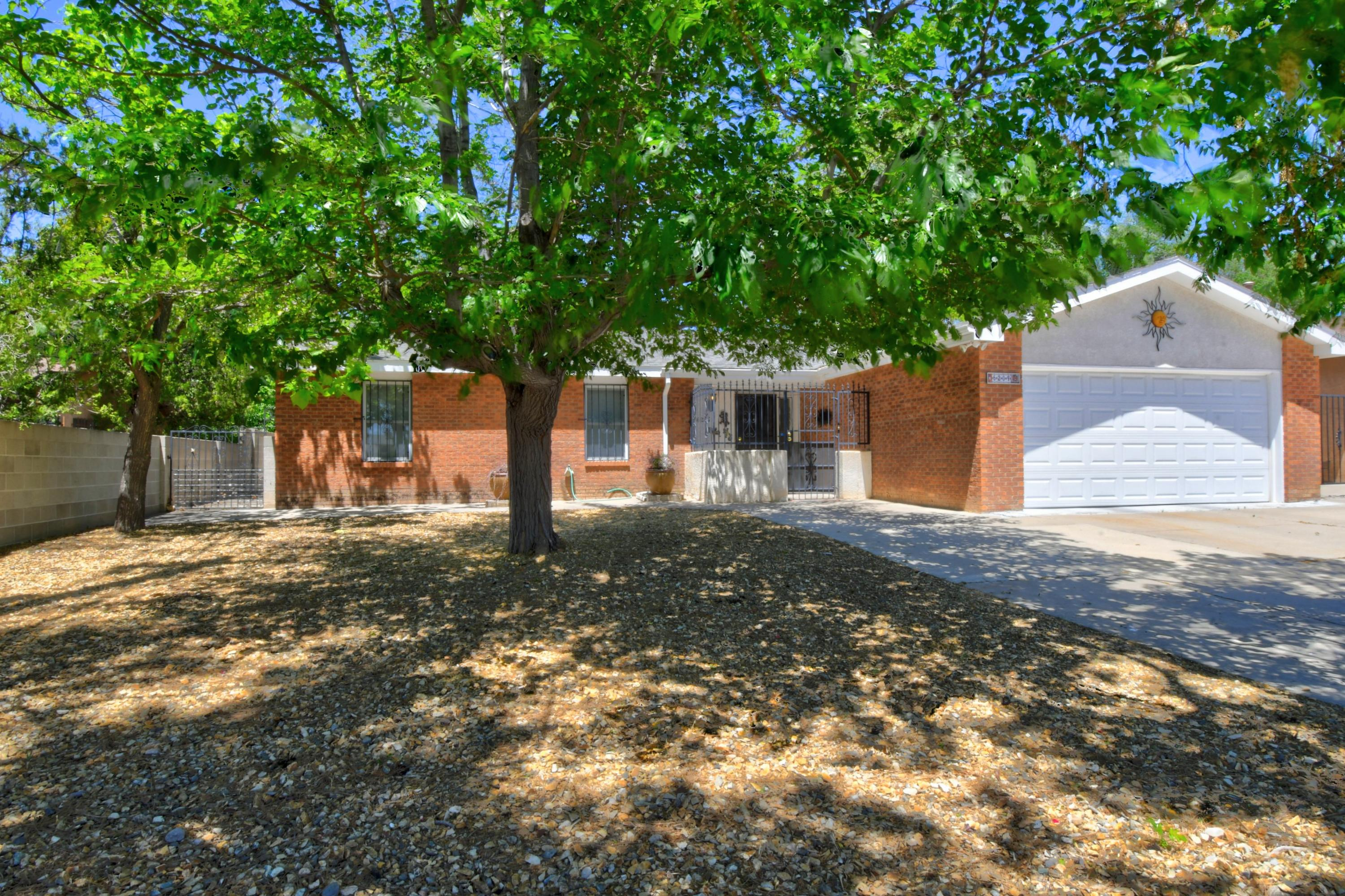 6209 Harper Drive NE Property Photo - Albuquerque, NM real estate listing
