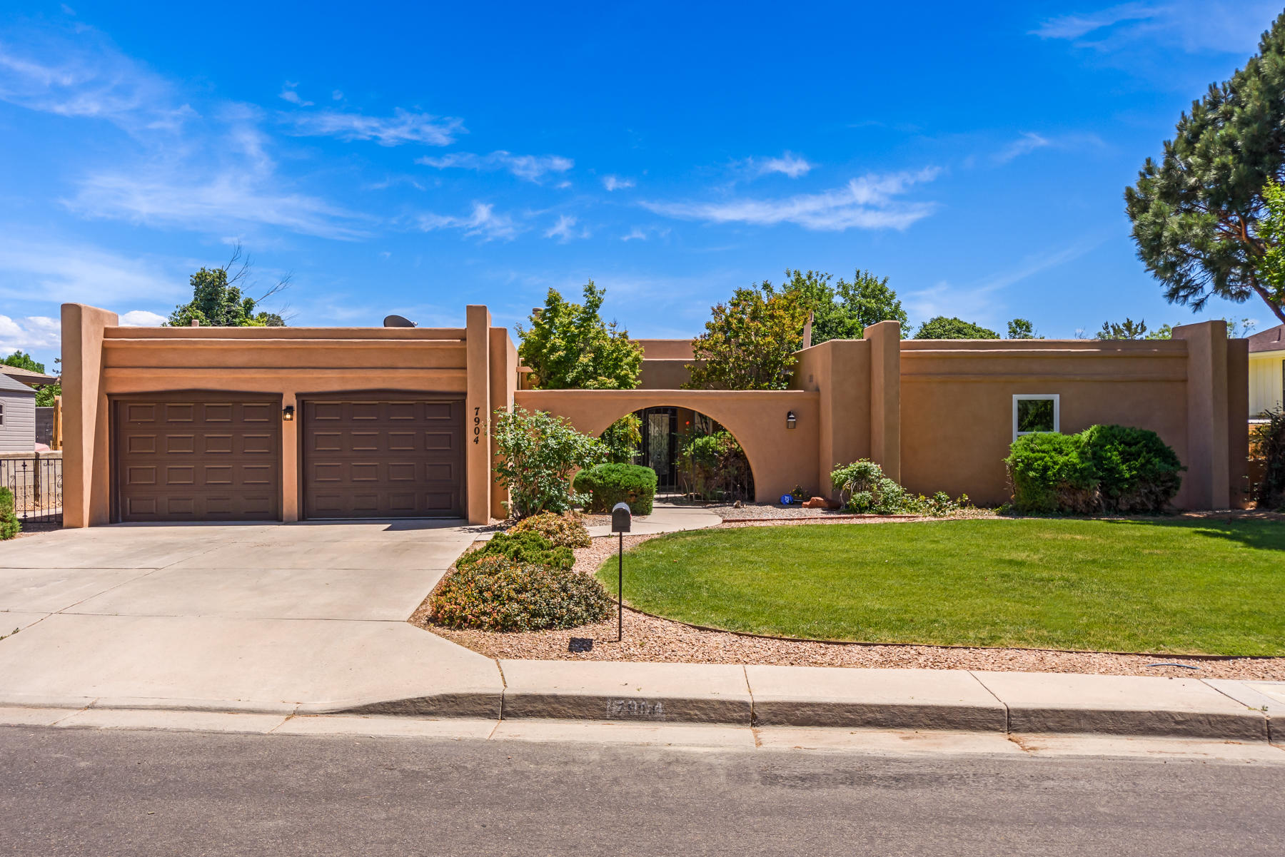 7904 CHARGER Trail NE, Albuquerque, NM 87109 - Albuquerque, NM real estate listing