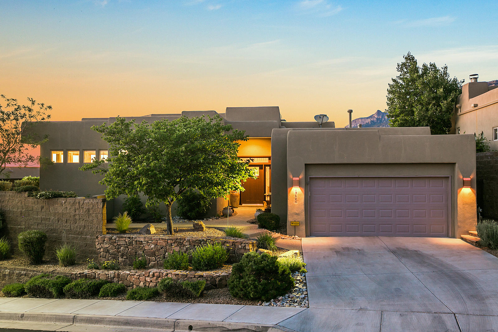 13601 WILDERNESS Place NE Property Photo - Albuquerque, NM real estate listing
