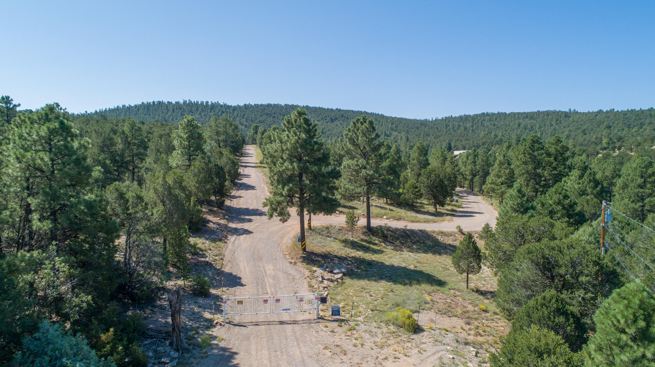 8 Fisher Ct W Property Photo - Tijeras, NM real estate listing