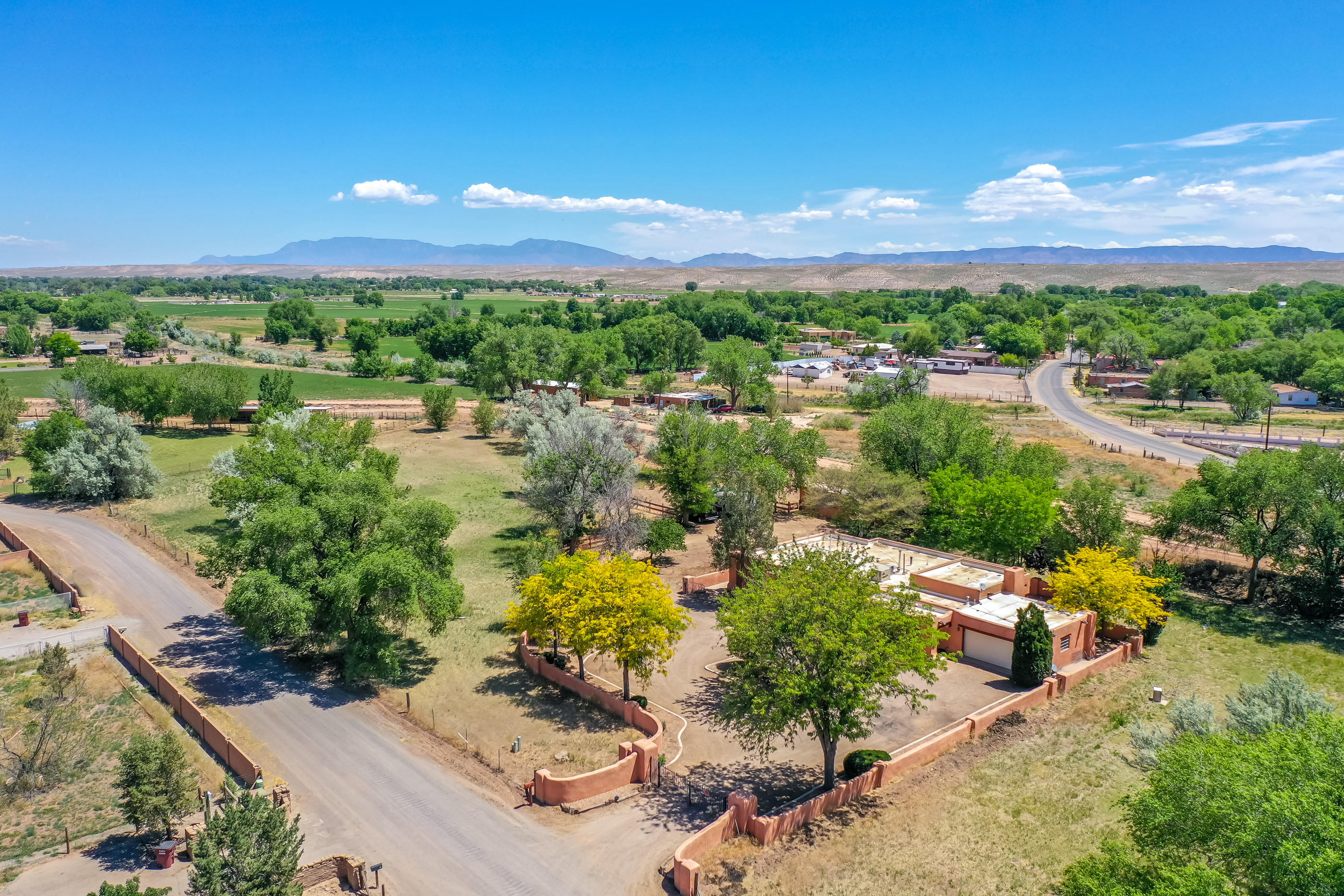 6 FRAMPTON Place Property Photo - Peralta, NM real estate listing