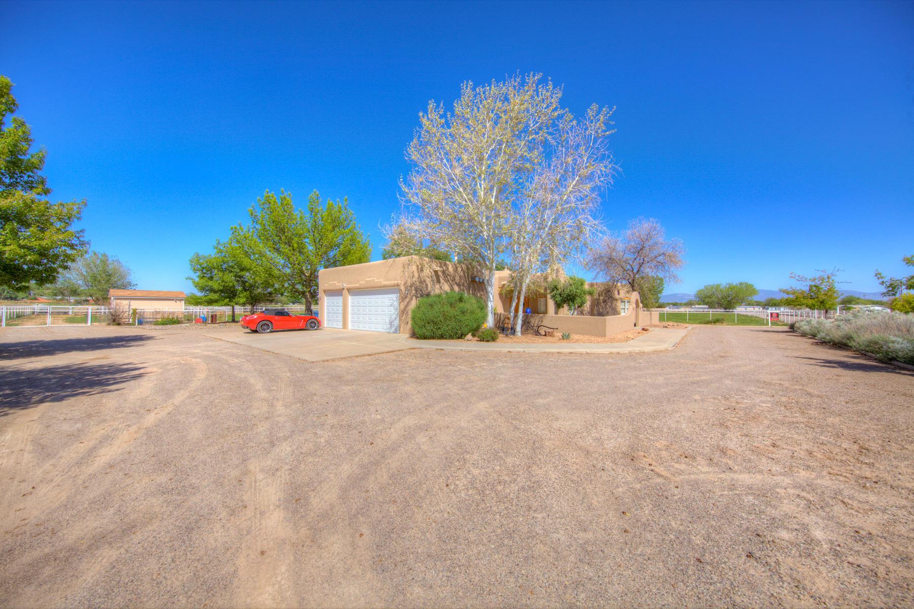 712 PHEASANT Lane SW Property Photo - Los Lunas, NM real estate listing