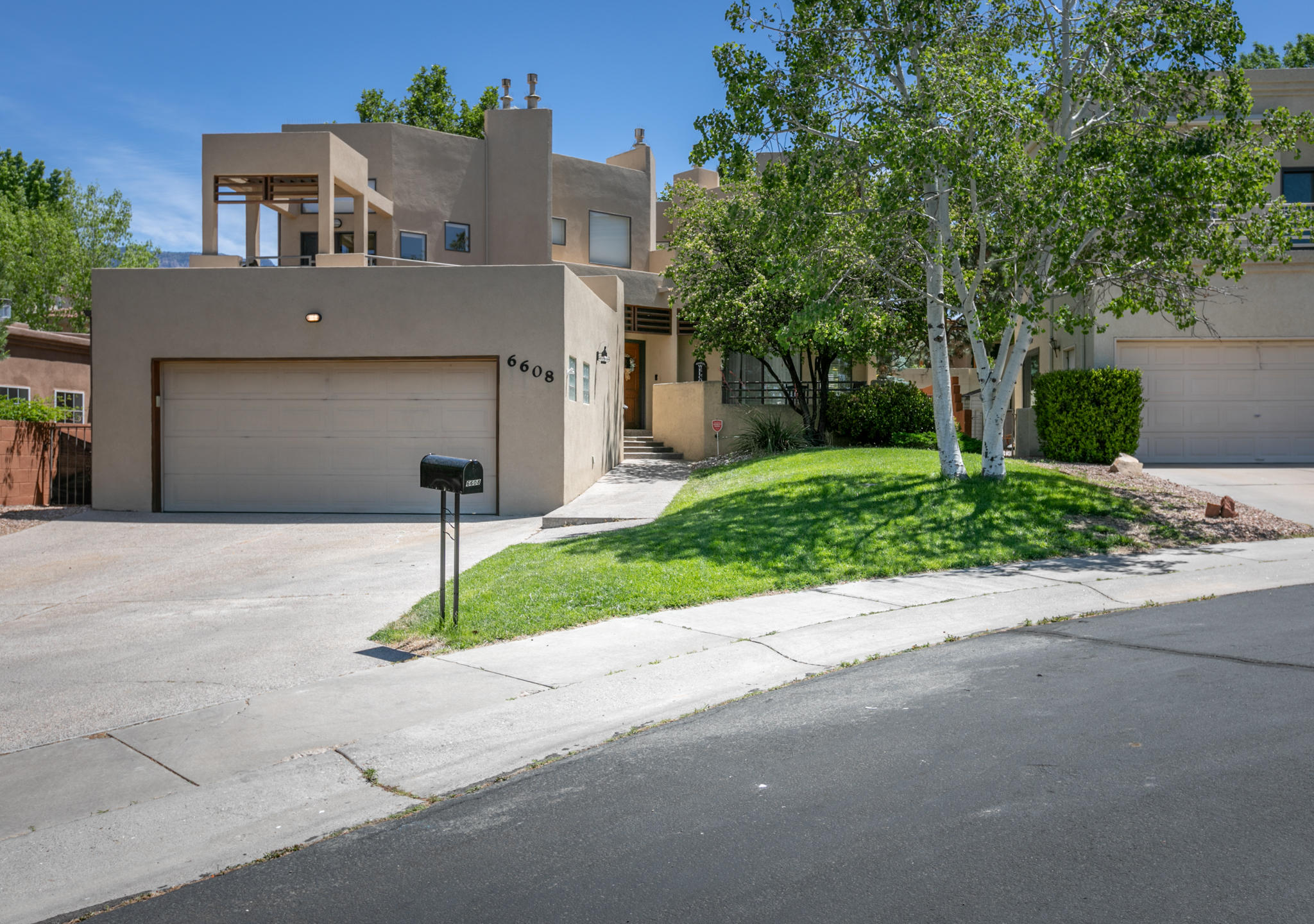 6608 Wentworth NE Property Photo - Albuquerque, NM real estate listing