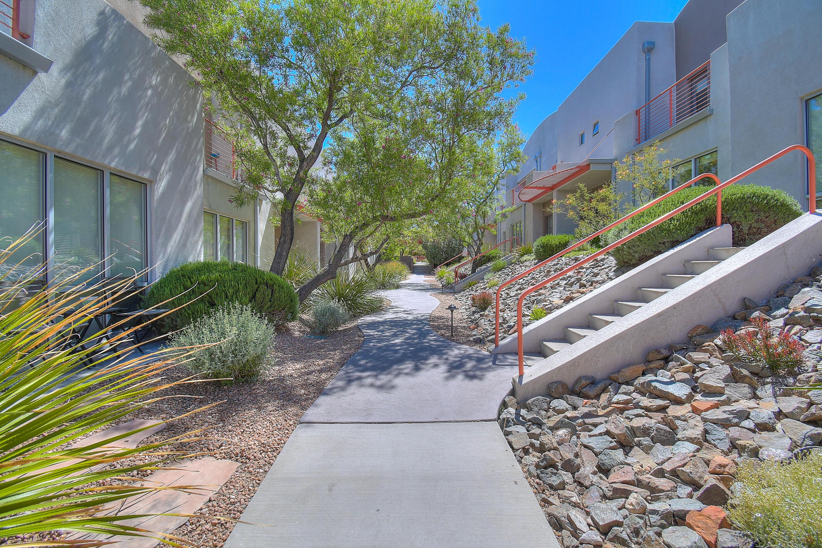 208 ALISO Avenue SE, Albuquerque, NM 87108 - Albuquerque, NM real estate listing