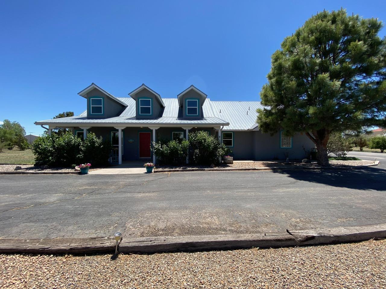 3 Grubstake Court Property Photo - Moriarty, NM real estate listing